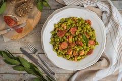 Fava con chorizo Alimento portoghese tipico Fotografia Stock Libera da Diritti