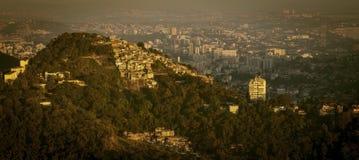 Favela i Rio De Janeiro linia horyzontu, Brazylia Fotografia Stock