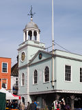FAVERSHAM, KENT/UK - MARCH 29 : View of street market and Town H Royalty Free Stock Image