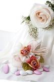 Faveurs de mariage et anneau de mariage Images libres de droits