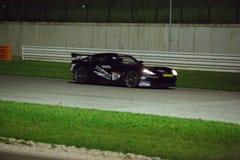 FAVORABLE COCHE DE CARRERAS GT4 de Ginetta G50 Fotografía de archivo
