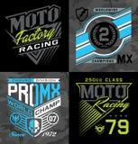 Favorable motocrós que compite con gráficos de la camiseta del emblema stock de ilustración