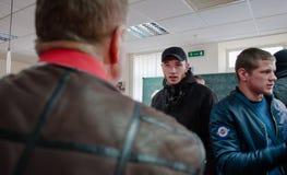 Favorable partido político ruso que cerca con piquete Imagenes de archivo