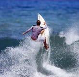 Favorable persona que practica surf Shane Beschen Fotografía de archivo
