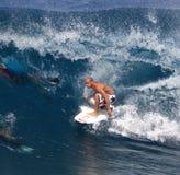 Favorable pizarrero de Kelley de la persona que practica surf imagen de archivo libre de regalías