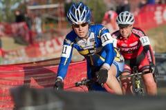 Favorables corredores de Cyclocross de las mujeres Imagen de archivo libre de regalías