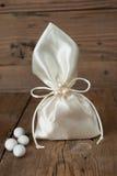 Favore di nozze del sacchetto del tessuto fotografie stock