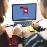 Favorit- för informationsnätverk om bokmärke klick arkivbilder