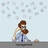 Favoriten programmerar och bearbetar chefprojekt, affärsanalytiker Royaltyfria Bilder