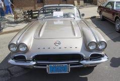 Fawn Beige Chevy Corvette Front sikt 1962 Arkivfoton