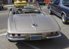 Fawn Beige Chevy Corvette Rear sikt 1962 Royaltyfri Foto