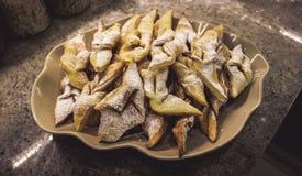 Faworki polaco hecho en casa de las galletas, chrusty fotografía de archivo