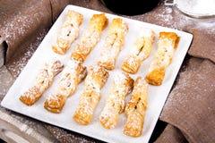 Faworki - traditionella polska kakor som tjänas som på feta torsdag fotografering för bildbyråer