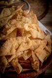 Faworki - traditionella polska kakor som tjänas som på feta torsdag arkivfoton