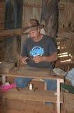 Fazendeiro cubano do cigarro Fotos de Stock Royalty Free
