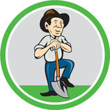 Fazendeiro Shovel Standing Cartoon Foto de Stock