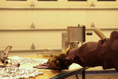 Fazendo balas de recarregamento na loja home Foto de Stock Royalty Free