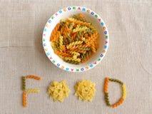 Faça a refeição cronometrar o divertimento para miúdos - conceito Imagem de Stock Royalty Free