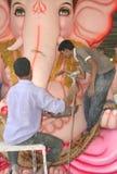 Fazendo o ídolo de Ganesha para o festival Hindu Imagem de Stock