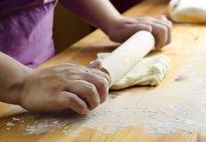 Fazendo o pão Fotografia de Stock Royalty Free