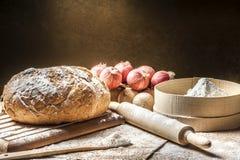 Fazendo o pão em casa Fotos de Stock Royalty Free