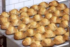 Fazendo o pão industrial Foto de Stock