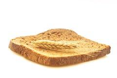 Fazendo o pão saboroso Fotos de Stock