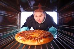 Fazendo a pizza Foto de Stock