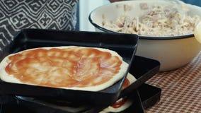 Fazendo a pizza em casa filme