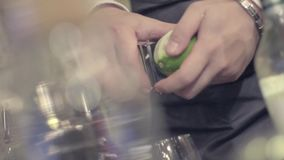 Fazendo um cocktail filme