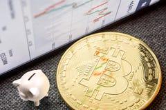 Fazendo uma fortuna com investimento do bitcoin Imagens de Stock