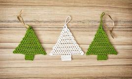 Fazer crochê árvores de Natal Fotografia de Stock