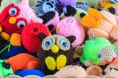 Fazer crochê a arte feito a mão e os ofícios da boneca Imagem de Stock Royalty Free
