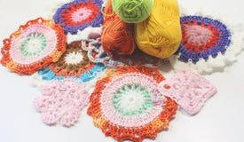 Fazer crochê testes padrões da linha Fotografia de Stock Royalty Free