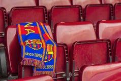 FC μαντίλι της Βαρκελώνης στο κάθισμα βημάτων Στοκ Εικόνες