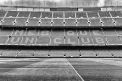 FC Barcelona ' lema de s en el estadio de Camp Nou, Barcelona, Cataluña, fotografía de archivo libre de regalías