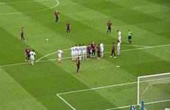 FC Barcelona V Deportivo: Freistoß Lizenzfreie Stockfotografie