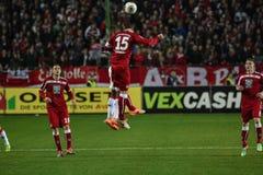 1FC Kaiserslautern och 1FC Koln Fotografering för Bildbyråer
