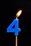 Födelsedag-årsdag stearinljusnummer 4 Arkivfoton