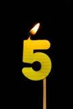 Födelsedag-årsdag stearinljusnummer 5 Royaltyfri Foto