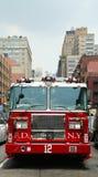 FDNY塔梯子12卡车在曼哈顿 免版税图库摄影