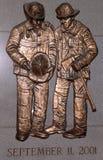 FDNY下落的消防队员纪念在布鲁克林, NY 免版税图库摄影