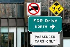 FDR驾驶北部标志 免版税库存照片