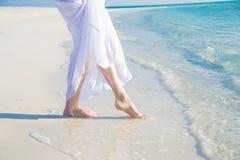 Füße im Wasser Stockfotos