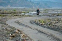 18.2018 FEB αυτόχθων γύρος μοτοσικλετών σε Pinatubo, Capas Στοκ εικόνα με δικαίωμα ελεύθερης χρήσης