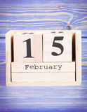 15 febbraio Data del 15 febbraio sul calendario di legno del cubo Immagine Stock Libera da Diritti