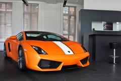 17 febbraio 2011 l'Ucraina, Kiev Lamborghini Gallardo LP550-2 Valentino Balboni fotografia stock