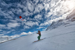 19 febbraio 2016: St Moritz Switzerland Snowki di pratica di IMan Fotografia Stock Libera da Diritti