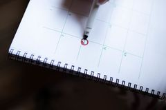 14. Februar markiert auf einem Kalender stockfoto