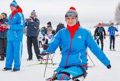 11. Februar 2017 Skirennen-Nikolov Perevoz Russialoppet des Kunst--Veretevozustandes jährlicher Skimarathon 2017 Paralympic-Renne Lizenzfreie Stockfotos